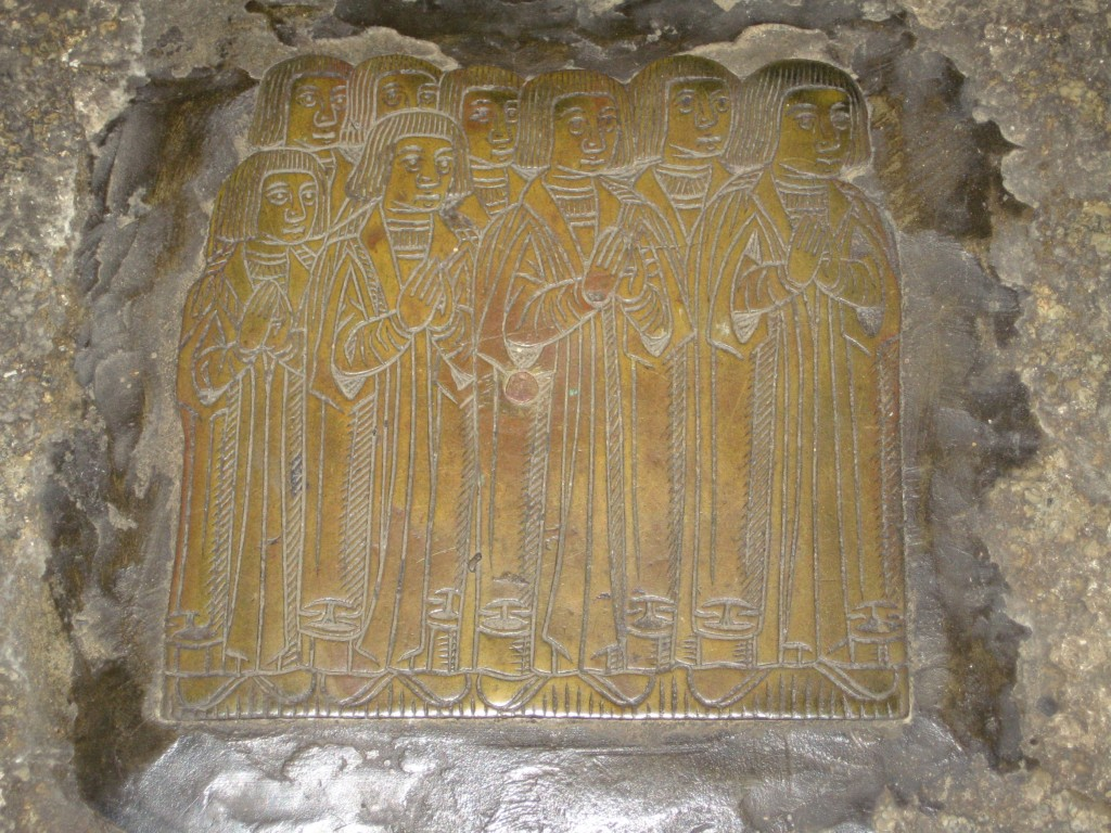 Photograph of the brass of the sons of the Cursons